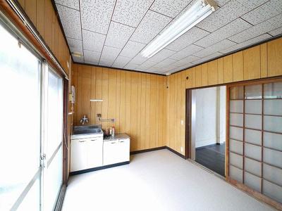 【居間・リビング】下三橋店舗(下三橋町)