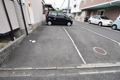 【駐車場】レトアハイツ㈱Roots