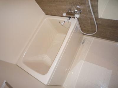 【浴室】アドバンス新大阪VIビオラ