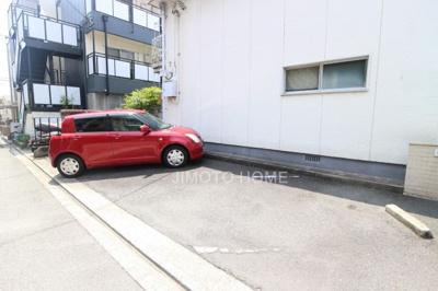 【駐車場】ミナミ苑マンションB棟