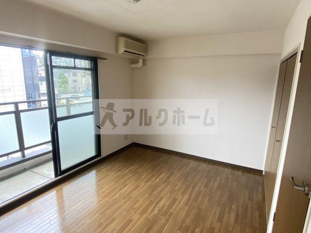 シャトーエマー寿 居室スペース