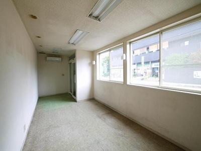 【内装】南田原2階建貸事務所