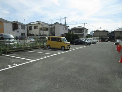 【駐車場】ガーデンハイツ小林2号