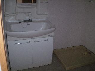 NTマンションの独立洗面台