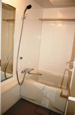 パークアクシス千葉新町の浴室(同間取り別室)