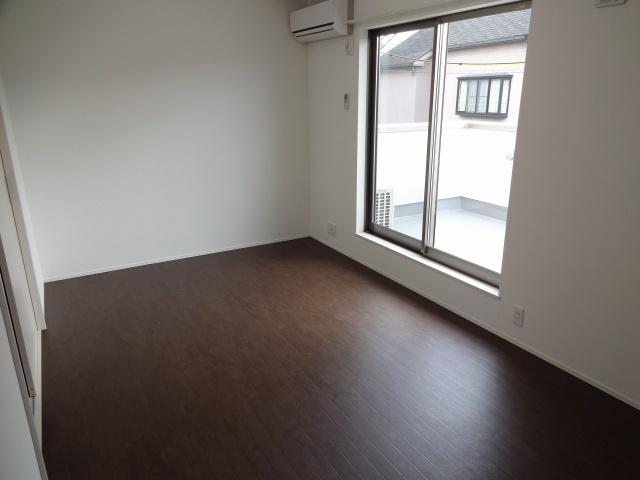 【居間・リビング】Comodo Residencia八尾南