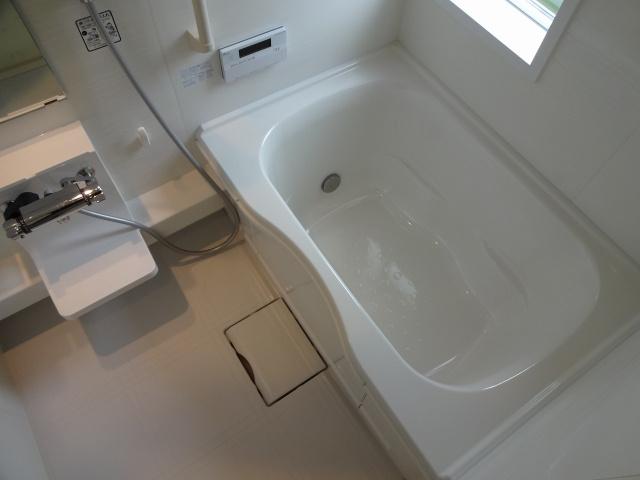 【浴室】Comodo Residencia八尾南