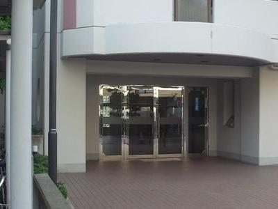 【エントランス】ヴィオヌール新金岡 西館(新金岡小学校)