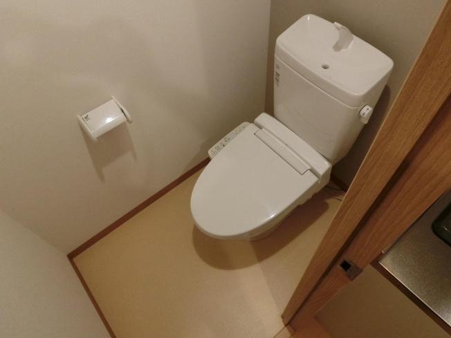 オーシャン青山 トイレ ウォシュレット付