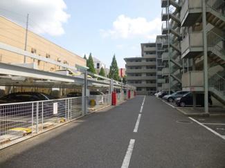 駐車場・駐輪場・バイク置場など設備は整っています!