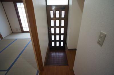 【玄関】瓜破6丁目車庫付き貸家