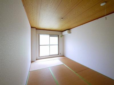 こちらの和室で趣味の時間をお楽しみください