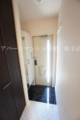 【玄関】ル・ジャルダンA