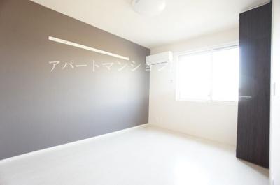 【寝室】ル・ジャルダンA