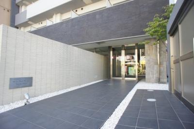 【エントランス】ジュネーゼロイヤルレジデンス梅田東