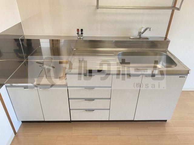コルティーレ緑ヶ丘 洋室
