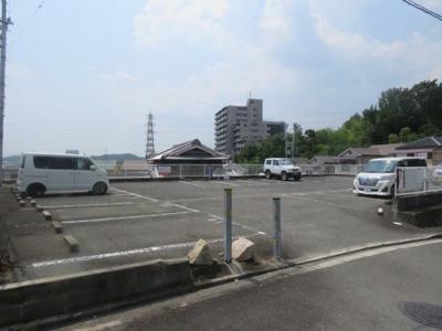 【駐車場】塚原3丁目戸建て2戸1 (株)Roots