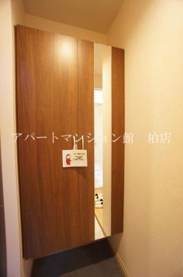【玄関】ヴェルデ大島田