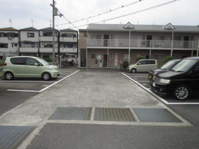 【駐車場】シャトー雅 B棟