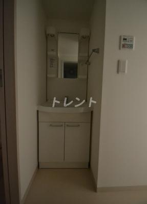 【独立洗面台】ディオネ四谷