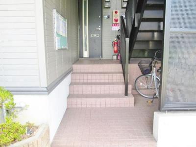 【エントランス】サンハイムヴィレッジ