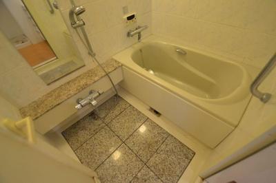 【浴室】ユニ・アルス芦屋アヴァンセ