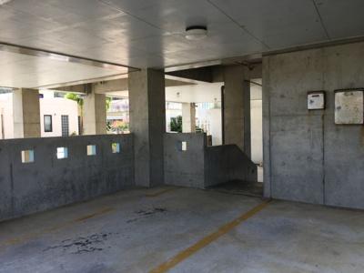 【駐車場】恩納村 スカイレイクⅢ アパート1R×10室