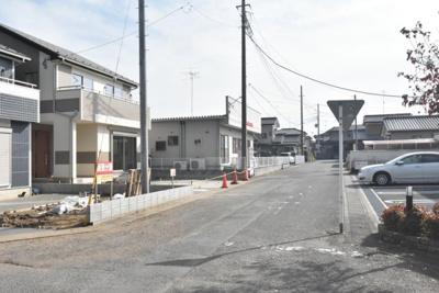 【前面道路含む現地写真】鴻巣市氷川町 新築一戸建て全2棟