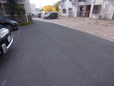 【駐車場】グレイシィーKY