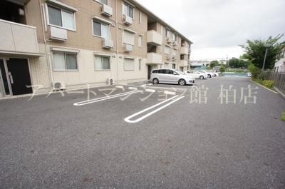★敷地内の駐車場