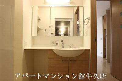 【洗面所】ラ・ぺジブルA