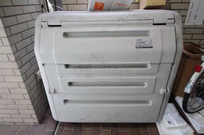 ゴミ回収ボックス