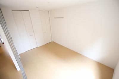 【寝室】シャーロット壱番館