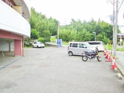 【駐車場】ボイス・デ・ムドン