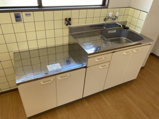 【キッチン】ブーゲンビリア
