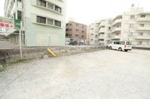 ハイライフニーナ駐車場の画像