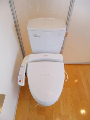 プロスペクトKALON三ノ輪1Kの温水洗浄便座です