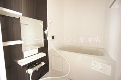 【浴室】ララフラッツ柏藤心