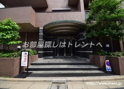 【エントランス】コスモ小石川ロイヤルフォルム