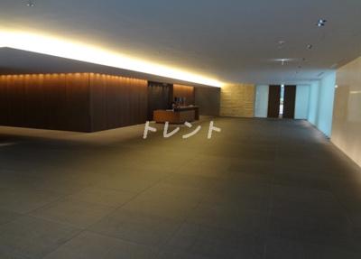 【エントランス】ザパークハウス新宿タワー