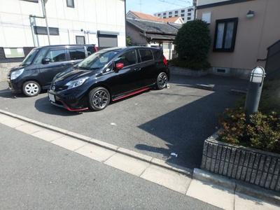 【駐車場】ドミール小阪