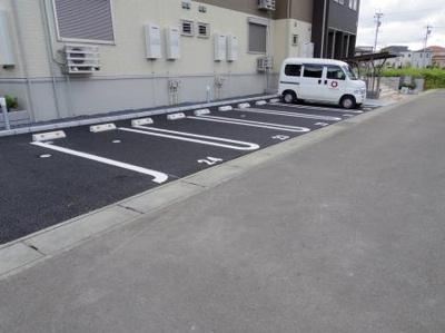 【駐車場】ル・ジャルダンA