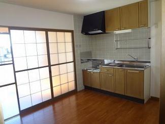 【キッチン】パークビレッジB