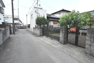 【前面道路含む現地写真】鴻巣市人形2丁目 売地(専属)