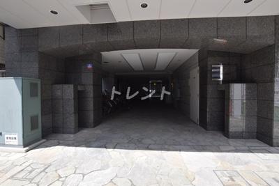 【エントランス】レスプリヴァルール