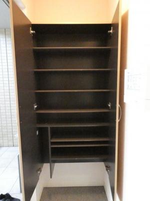 【玄関】大容量シューズボックス
