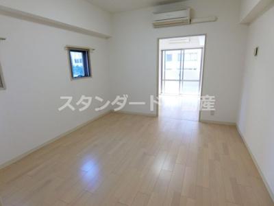 【居間・リビング】ニューシティアパートメンツ西天満