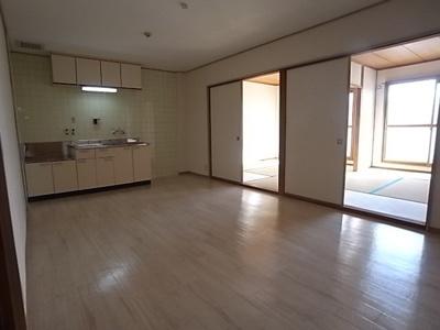 【居間・リビング】中野ハイツ
