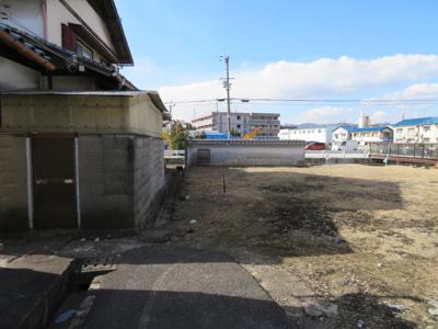 【前面道路含む現地写真】池田市神田3丁目 土地