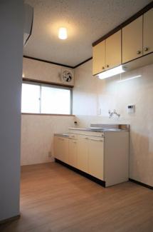 【キッチン】丸今荘2